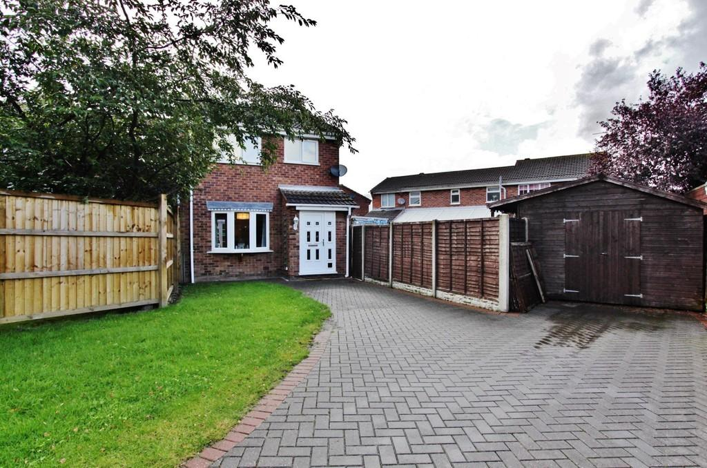 3 Bedrooms Semi Detached House for sale in Parbury, Dosthill
