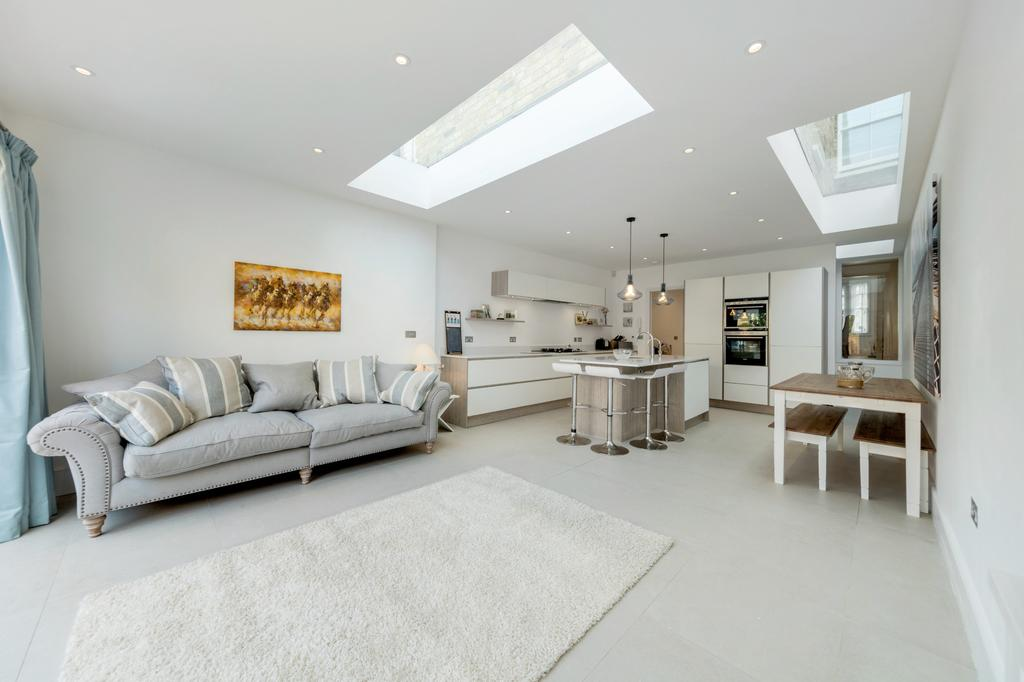4 Bedrooms House for sale in Parfrey Street, Hammersmith, London