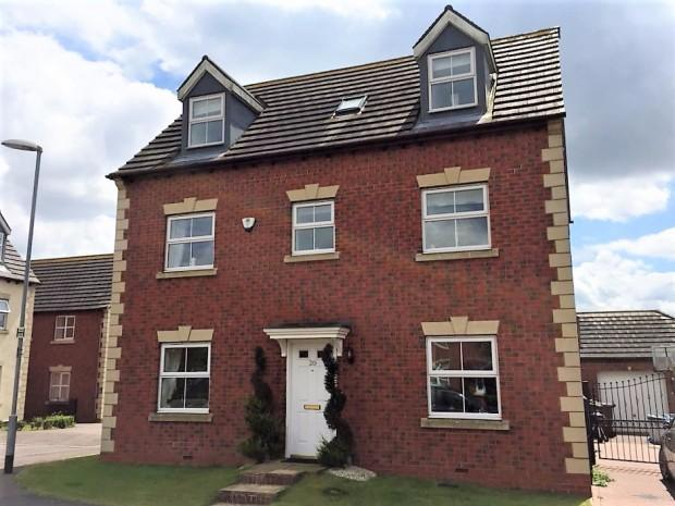 5 Bedrooms Detached House for sale in Houghton Close, Asfordby Hill, LE14