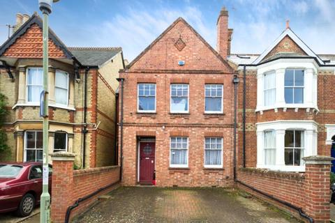 3 bedroom terraced house for sale - Thorncliffe Road, Oxford, Oxfordshire