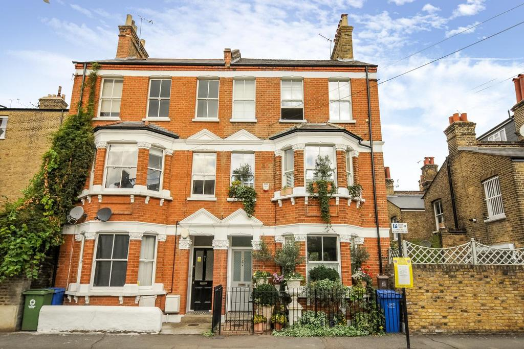 4 Bedrooms Semi Detached House for sale in Doddington Place, Walworth