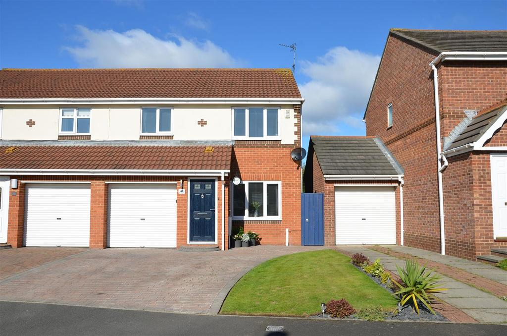 3 Bedrooms Semi Detached House for sale in Markington Drive, Ryhope, Sunderland