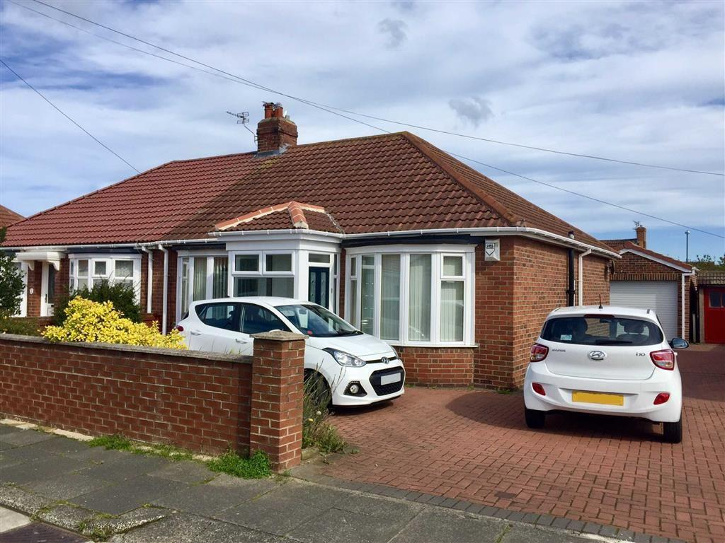 2 Bedrooms Semi Detached Bungalow for sale in Summerhill Road, South Shields