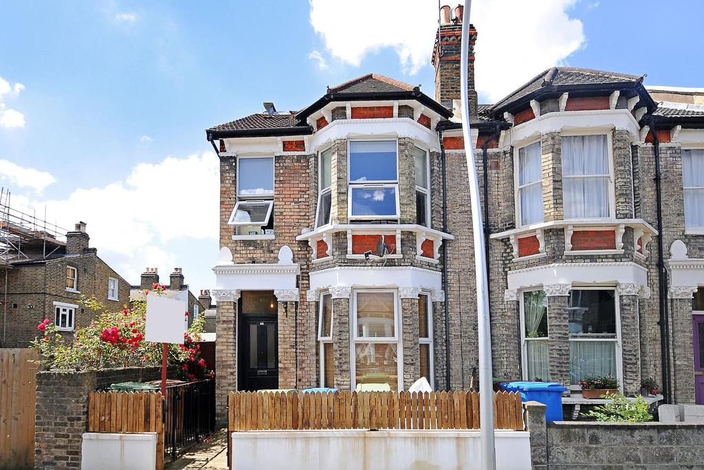 2 Bedrooms Flat for sale in Muschamp Road, Peckham Rye