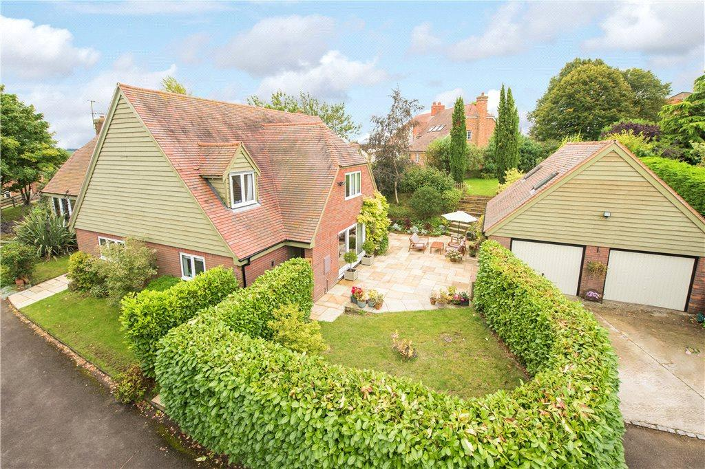 5 Bedrooms Detached House for sale in The Close, Ashendon, Aylesbury, Buckinghamshire