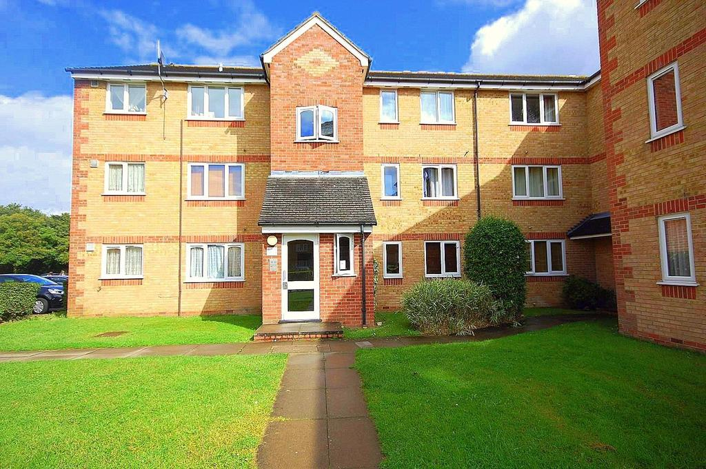 1 Bedroom Flat for sale in Prestatyn Close, Old Town