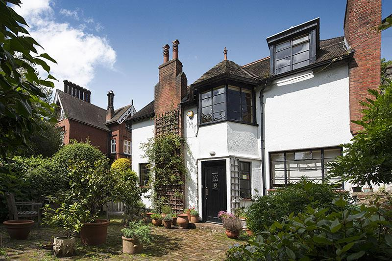 3 Bedrooms Semi Detached House for sale in NETHERHALL GARDENS, HAMPSTEAD, LONDON NW3