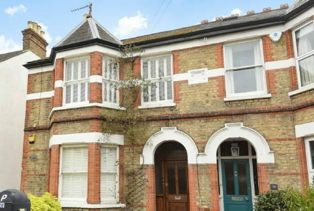2 Bedrooms Apartment Flat for sale in Clarence Road, Windsor