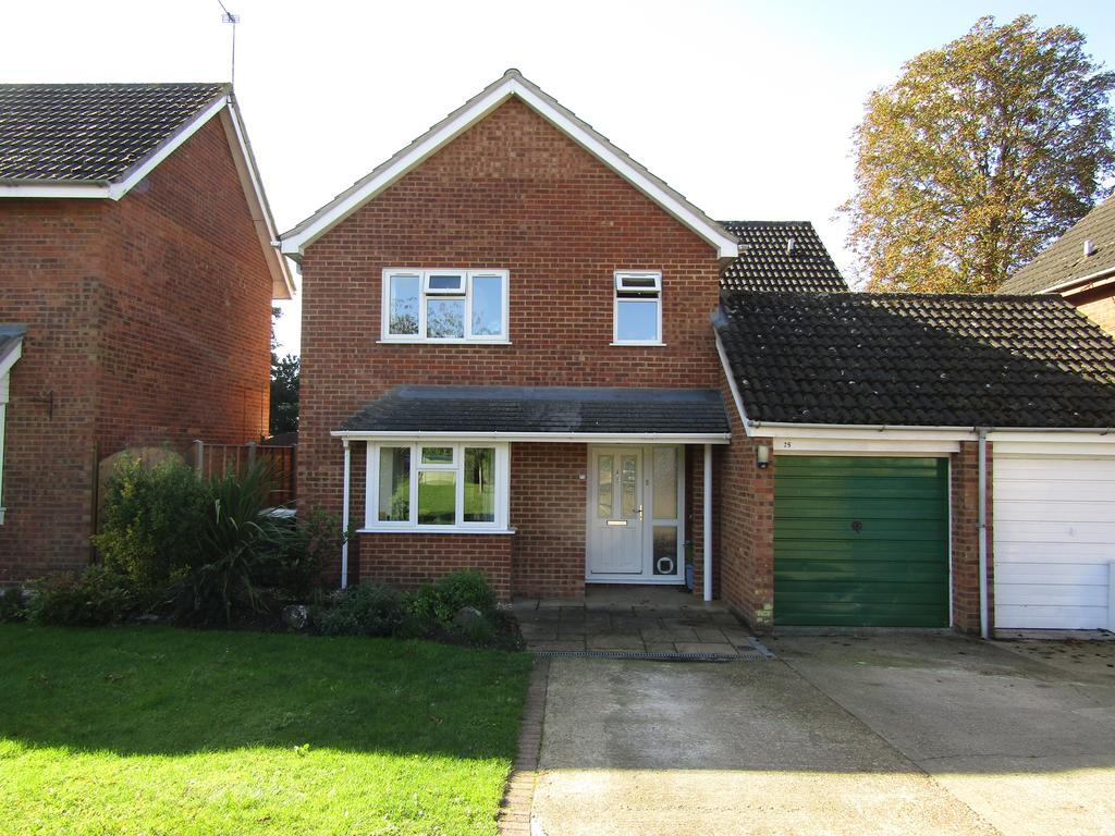 5 Bedrooms Detached House for sale in Chase Hill Road, Church End, Arlesey, SG15 6UD