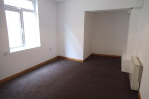 Studio to rent - Nolton Street, Bridgend CF31