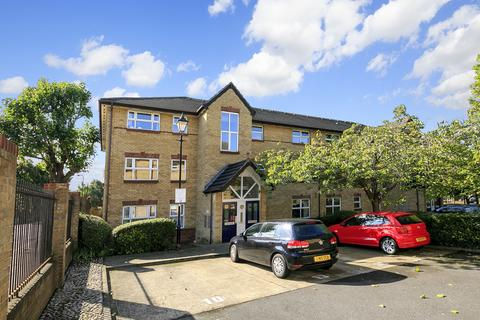 1 bedroom apartment for sale - Monmouth Close, London, W4