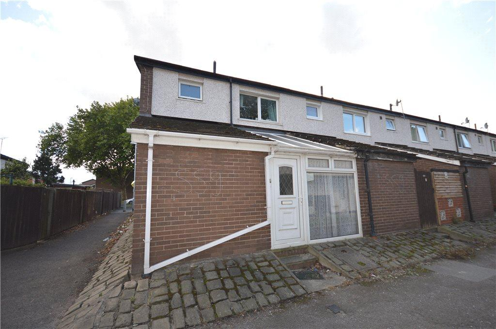 3 Bedrooms Terraced House for sale in Rocheford Close, Leeds, West Yorkshire