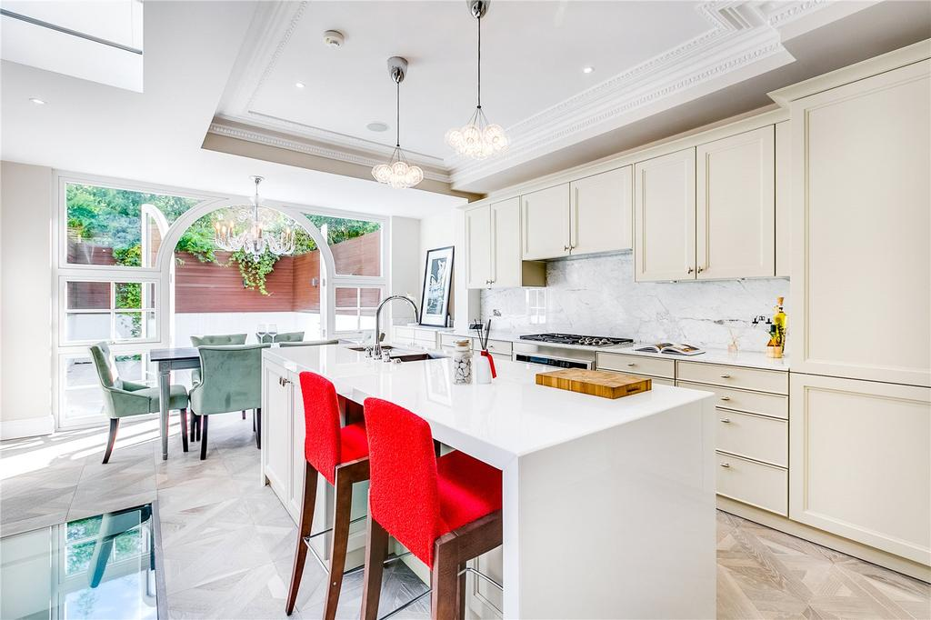 5 Bedrooms Terraced House for sale in Bettridge Road, Parsons Green, Fulham, LONDON