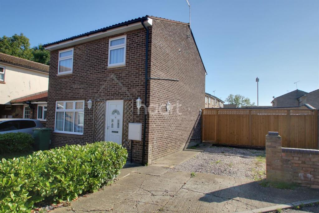 3 Bedrooms Semi Detached House for sale in Woodhays, Basildon