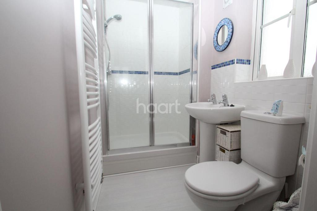 4 Bedrooms Detached House for sale in Kingbird Road
