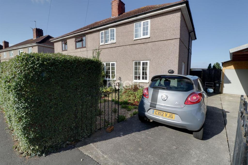 3 Bedrooms Semi Detached House for sale in Portbury Grove