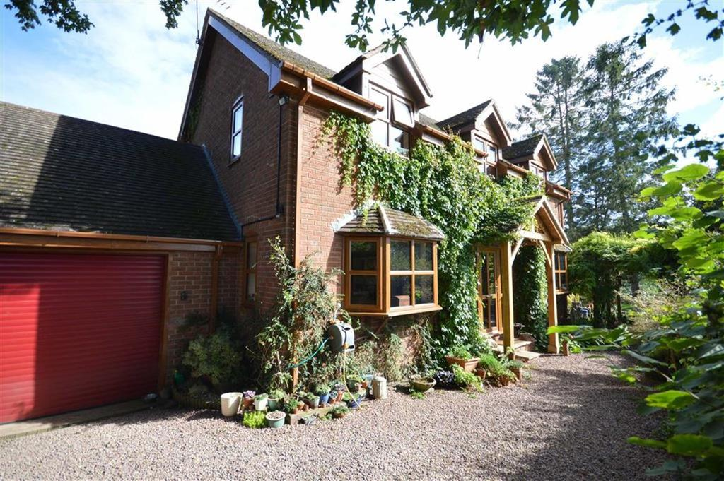 3 Bedrooms Detached House for sale in Yolk Brook Cottage, Kimbolton, Herefordshire, HR6