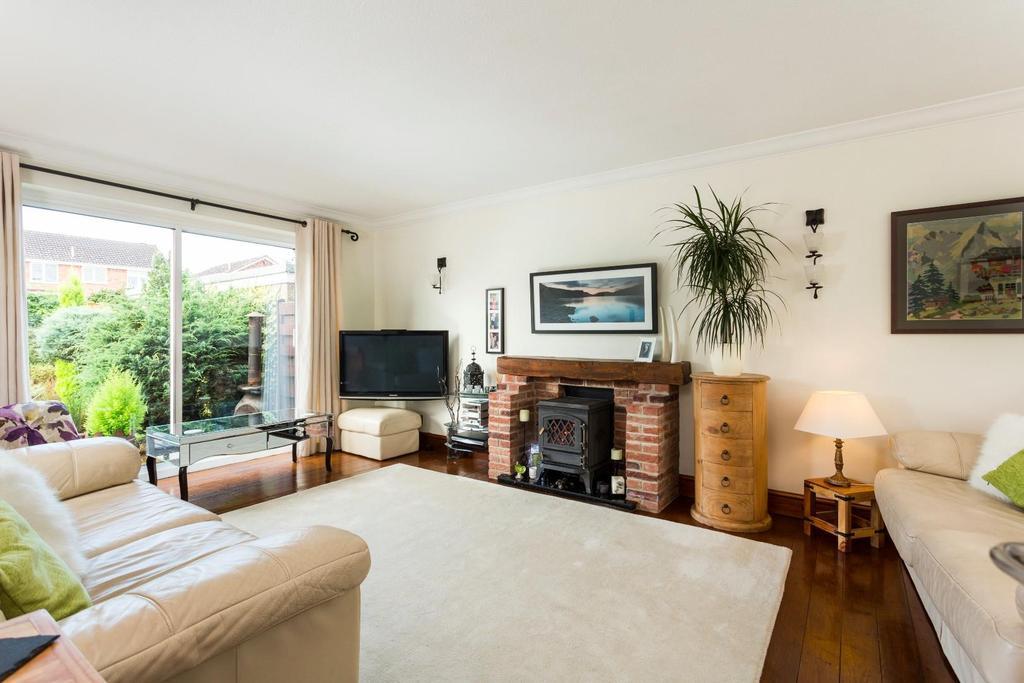 4 Bedrooms Detached House for sale in Grassholme, York