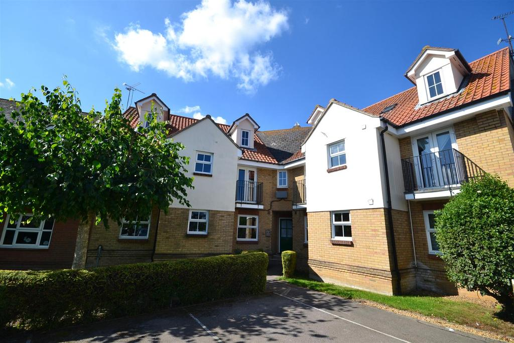1 Bedroom Apartment Flat for sale in Cherry Orchard, Southminster