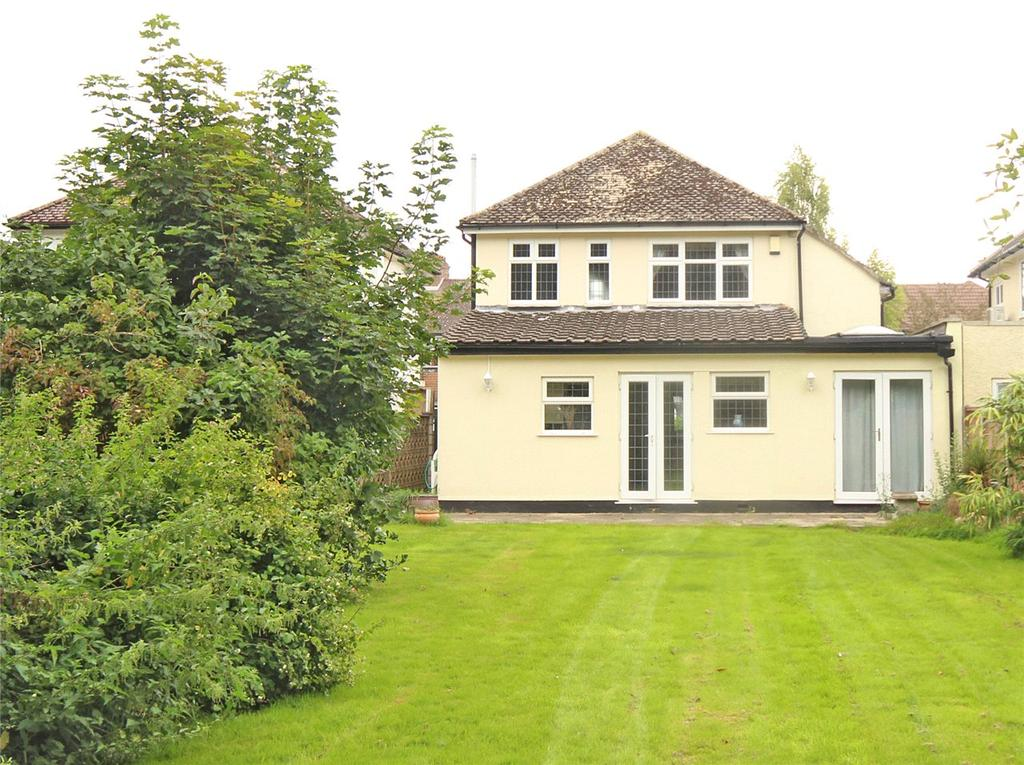4 Bedrooms Detached House for sale in Bramble Road, Hatfield, Hertfordshire