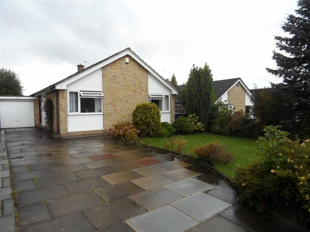 3 Bedrooms Detached Bungalow for sale in Buttermere Road, Gatley