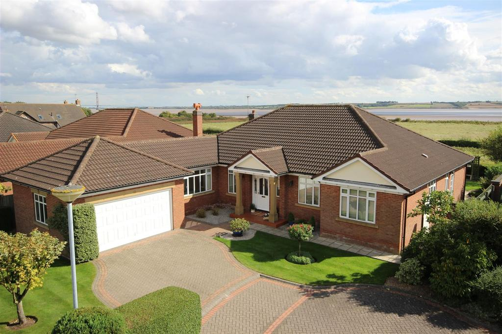 3 Bedrooms Detached Bungalow for sale in The Pickerings, North Ferriby