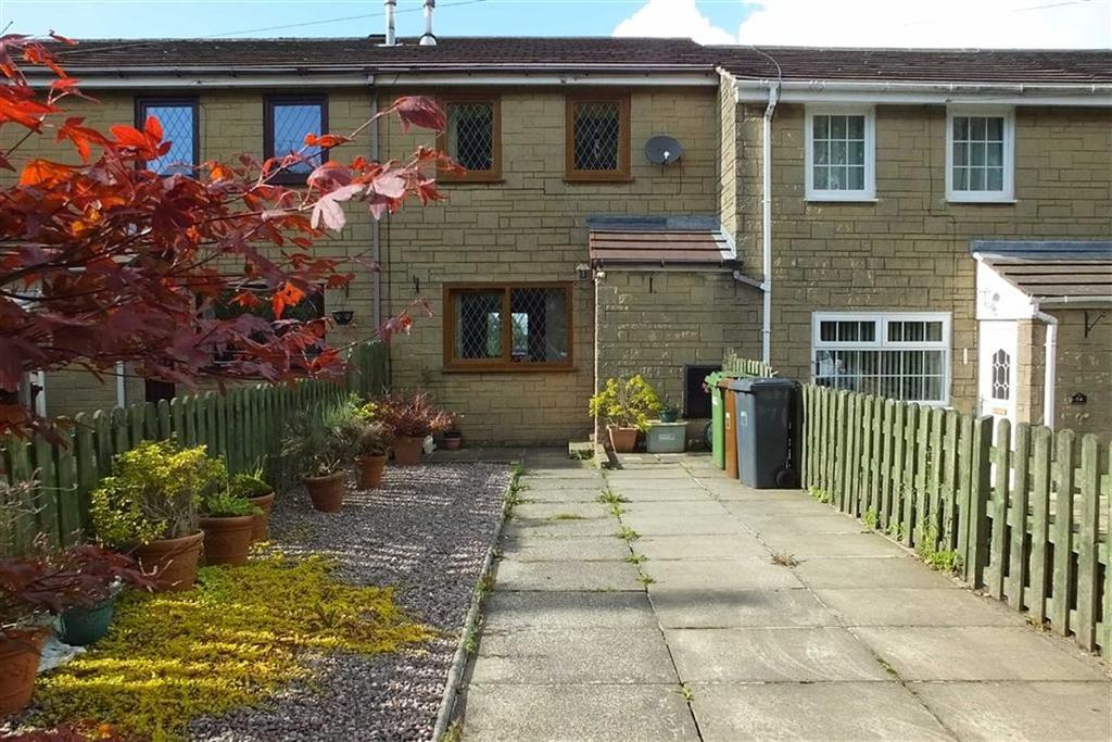 2 Bedrooms Semi Detached House for sale in Westgate, Barnoldswick, Lancashire, BB18