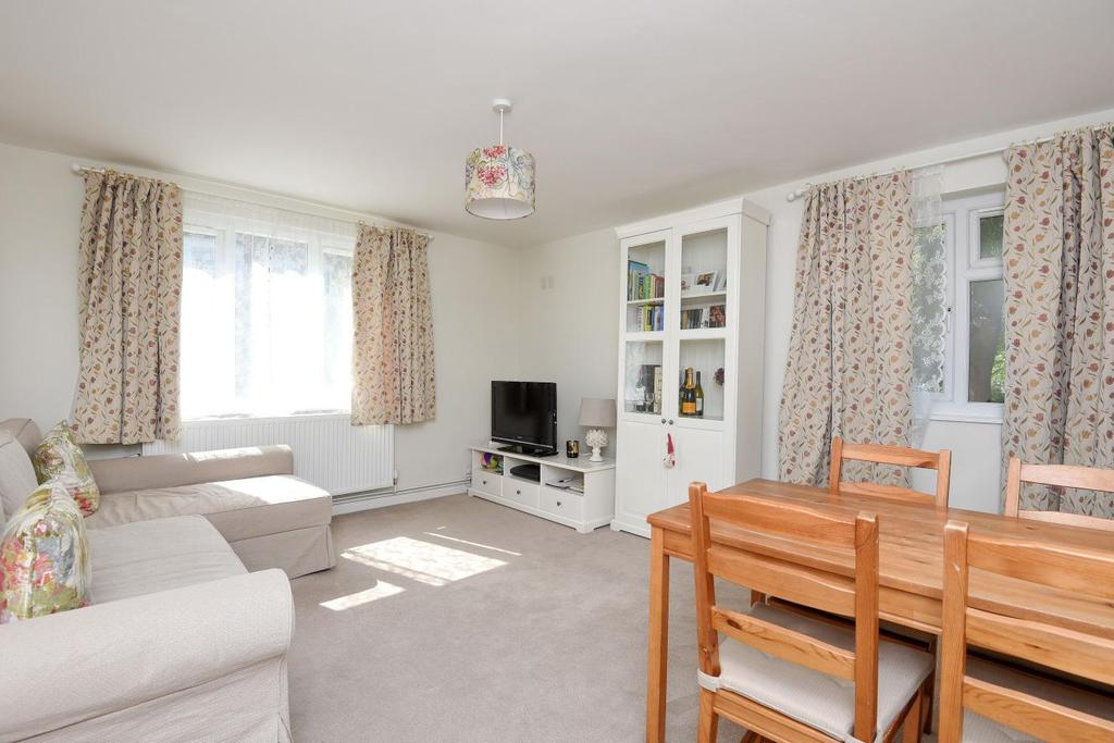 1 Bedroom Flat for sale in St. Ann's Hill, Wandsworth