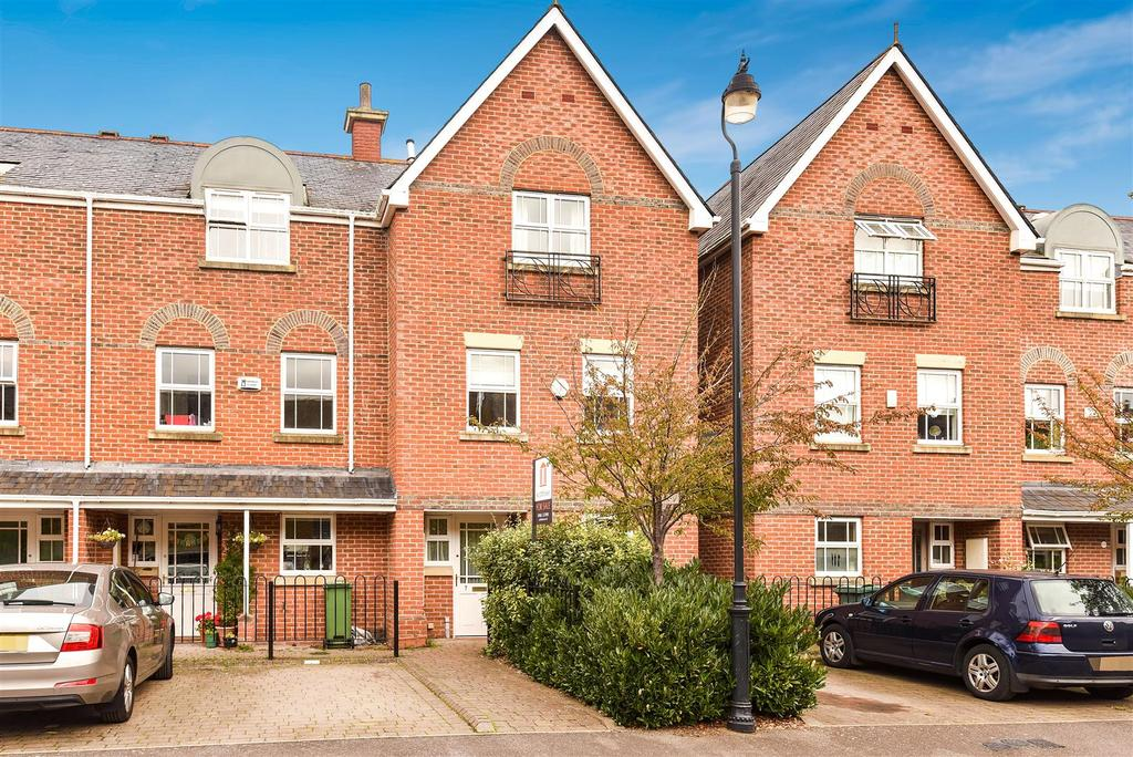 4 Bedrooms End Of Terrace House for sale in Brindley Close, Central North Oxford