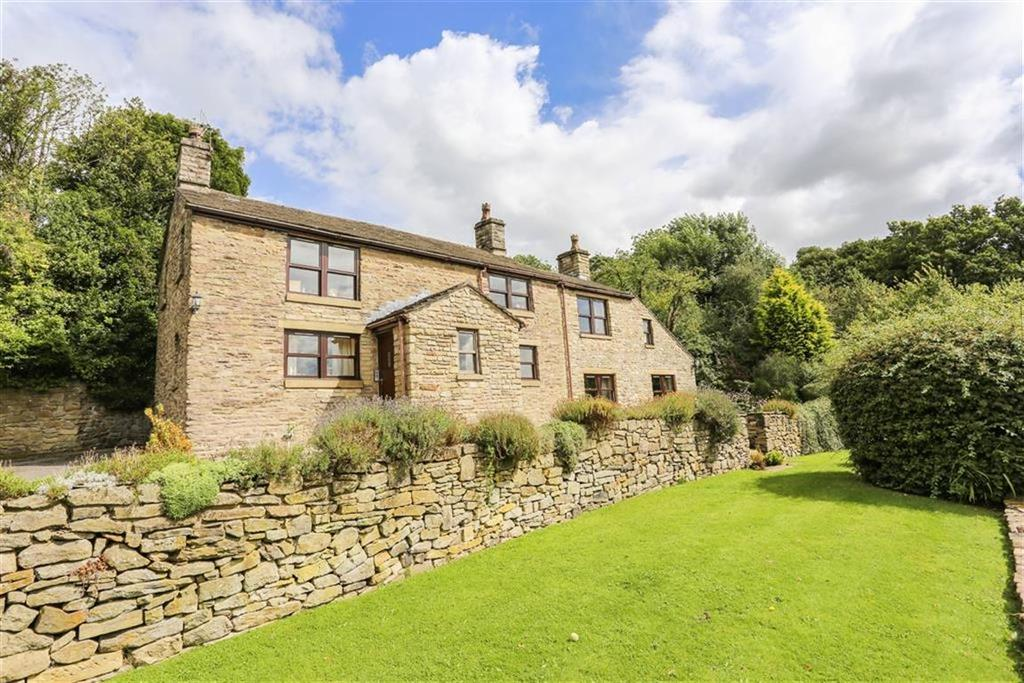 4 Bedrooms Detached House for sale in Lower Cliffe, New Mills, Derbyshire