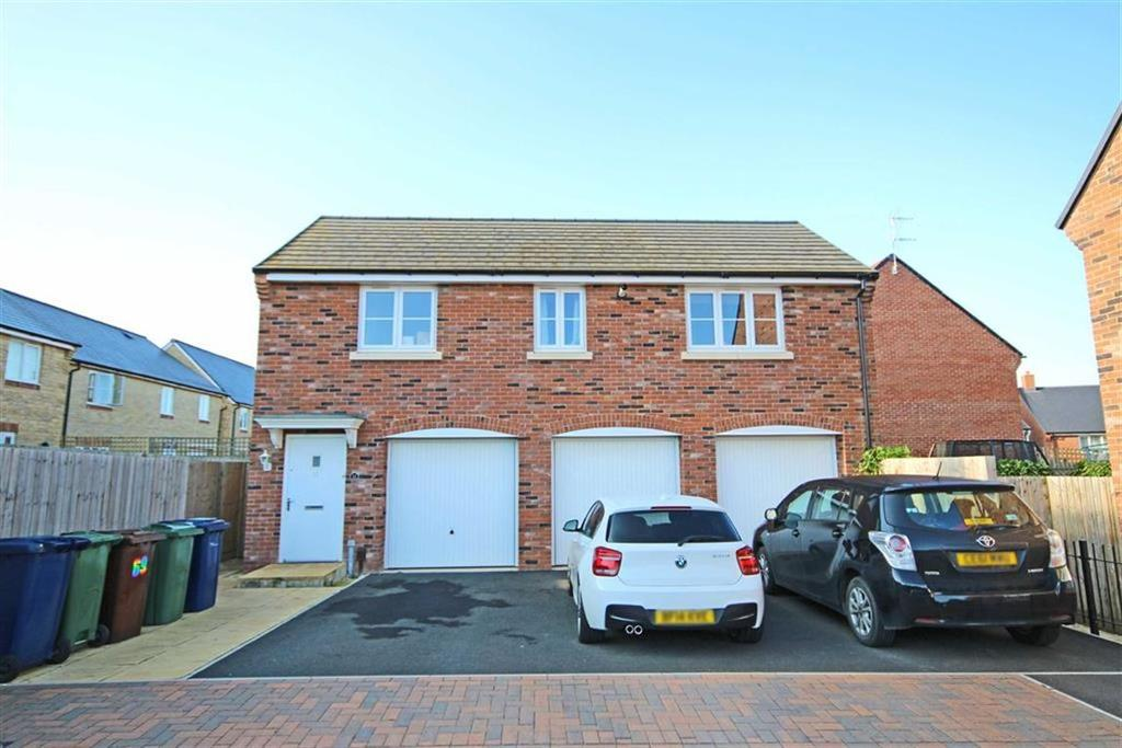 2 Bedrooms Detached House for sale in Huntlowe Close, Bishops Cleeve, Cheltenham, GL52