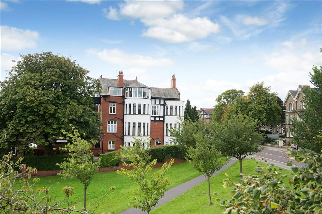 3 Bedrooms Flat for sale in Leeds Road, Harrogate, North Yorkshire, HG2