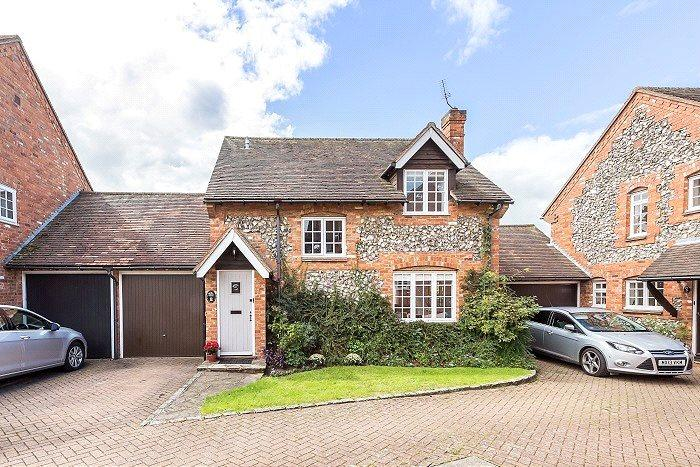 3 Bedrooms Detached House for sale in Nursery Close, Church Road, Penn, High Wycombe, HP10