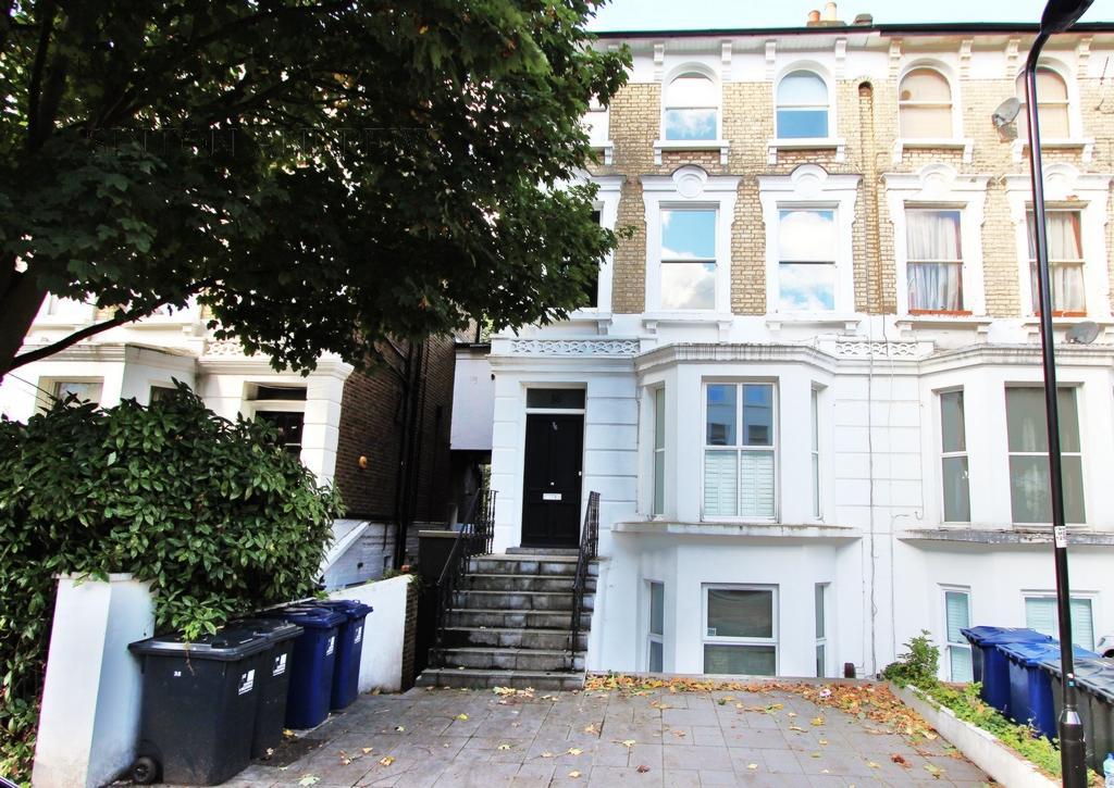 2 Bedrooms Flat for sale in Windsor Road, Ealing, W5