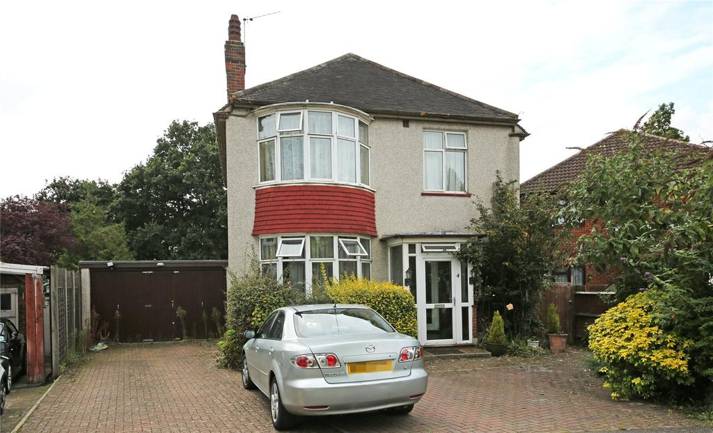 3 Bedrooms Detached House for sale in Namton Drive, Thornton Heath, CR7