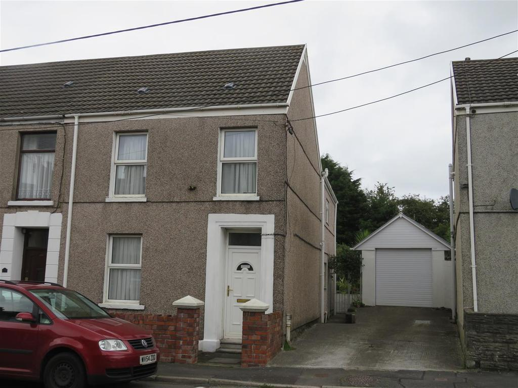 3 Bedrooms Semi Detached House for sale in Pemberton Road, Llanelli