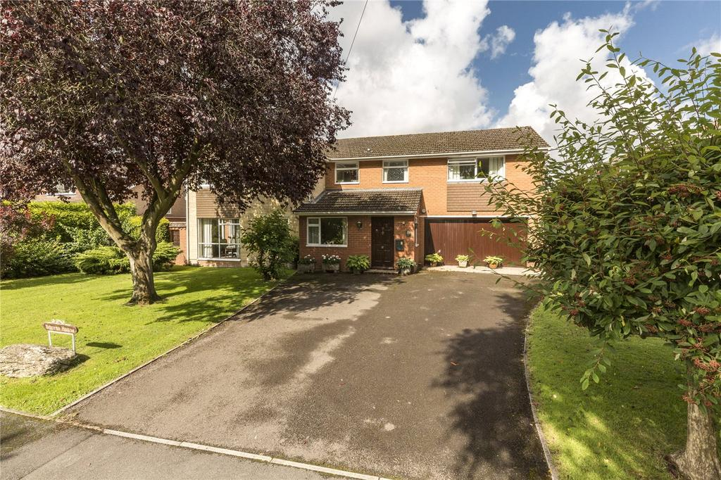 5 Bedrooms Detached House for sale in Riverside Close, Laverstock, Salisbury, Wiltshire, SP1