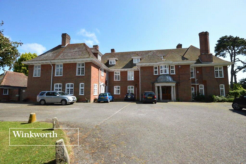 4 Bedrooms Semi Detached House for sale in Little Arnewood House, Linnies Lane, Sway, Lymington, SO41