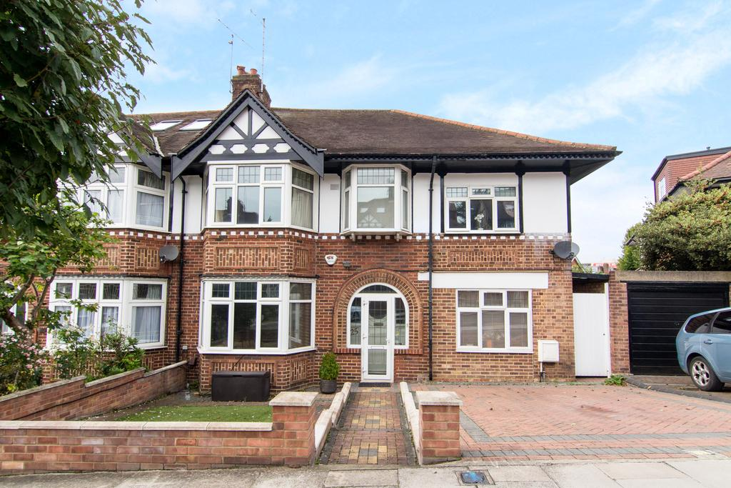 5 Bedrooms House for sale in Sandall Road, Ealing