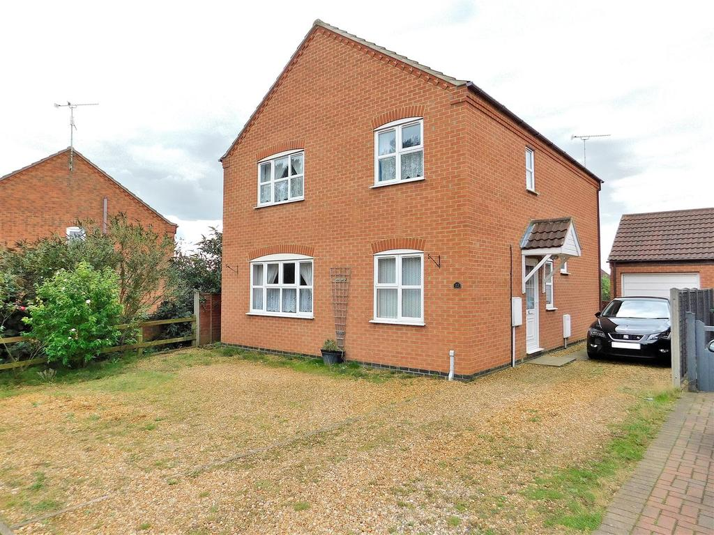 4 Bedrooms Detached House for sale in Pakenham Drive, Dersingham, King's Lynn