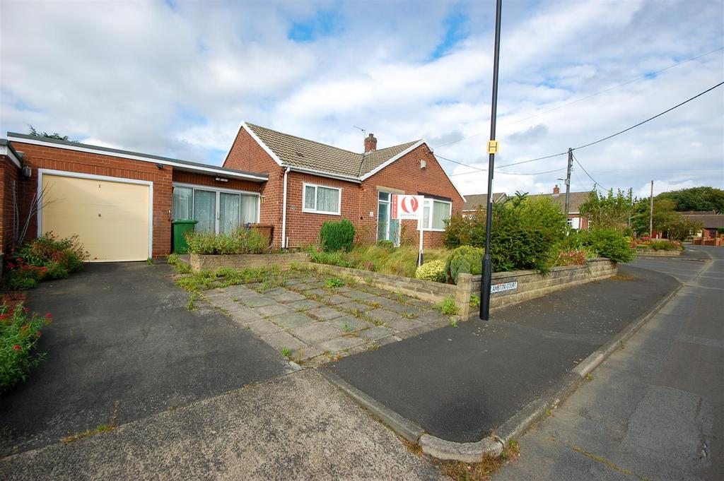 3 Bedrooms Semi Detached Bungalow for sale in Lambton Court, High Rickleton, Washington
