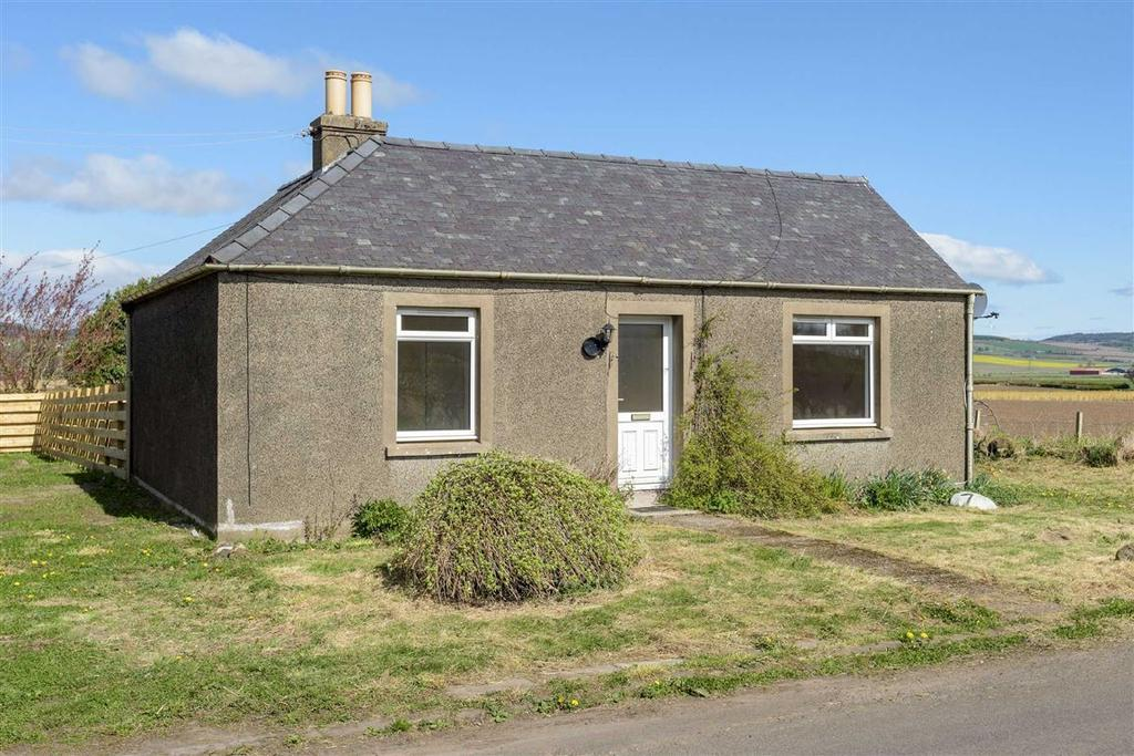 2 Bedrooms Bungalow for sale in Easter Cash Farm Cottage, Strathmiglo