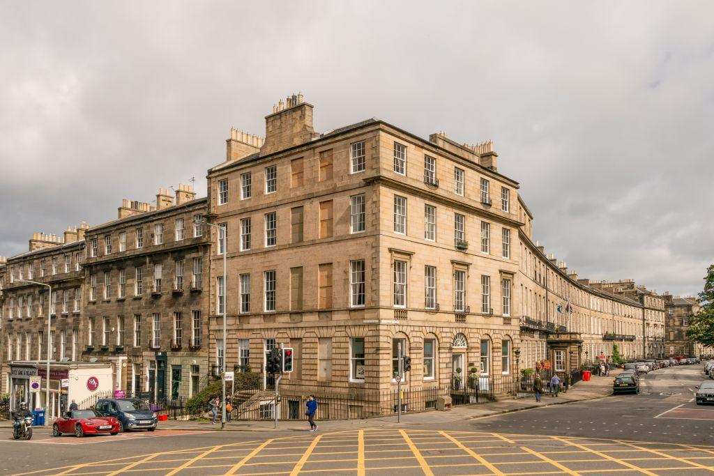 1 Bedroom Flat for sale in 1/5 Dundas Street, New Town, Edinburgh, EH3 6QG