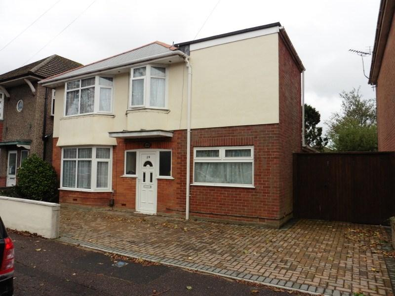 4 Bedrooms Detached House for sale in Coronation Avenue, Moordown, Bournemouth