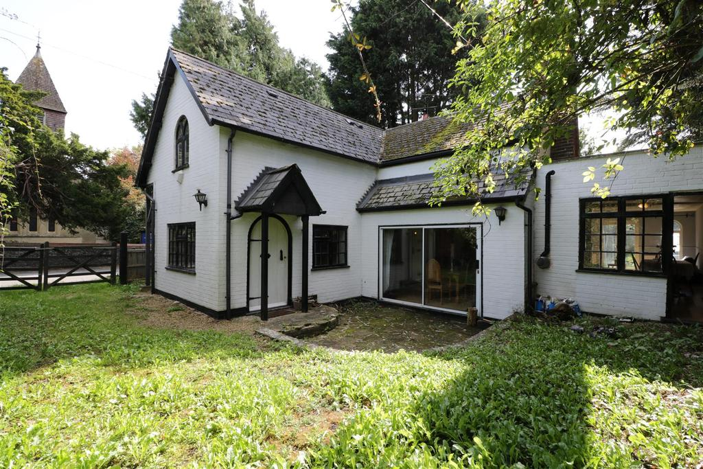3 Bedrooms Detached House for sale in Tidmarsh