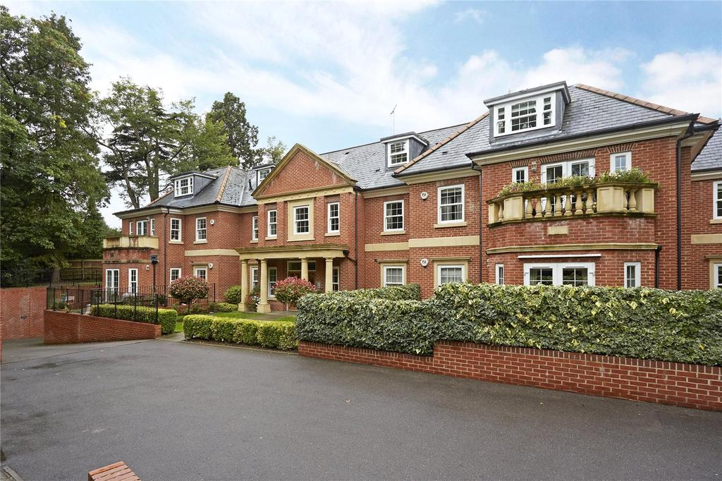 2 Bedrooms Penthouse Flat for sale in Wilbury Lodge, Dry Arch Road, Sunningdale, Berkshire, SL5