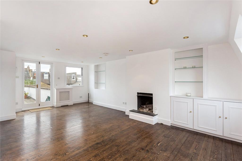2 Bedrooms Maisonette Flat for sale in St. Dionis Road, Fulham, London, SW6