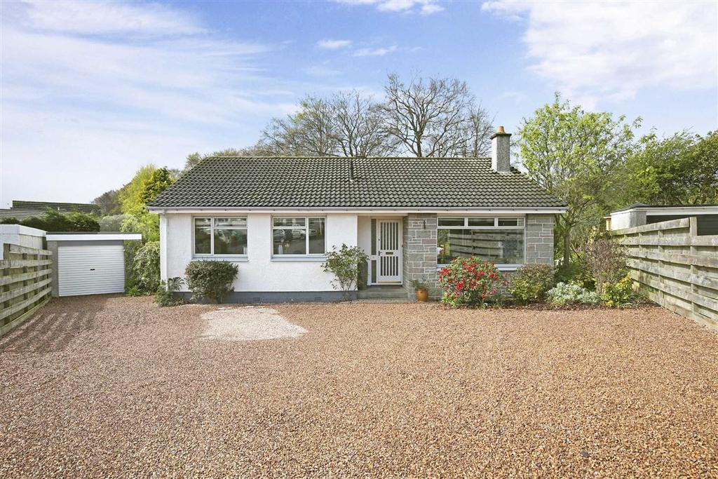 4 Bedrooms Detached House for sale in Hillview Road, Balmullo
