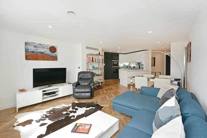 2 Bedrooms Apartment Flat for sale in Eagle Point, London, EC1V