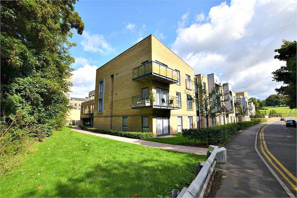 2 Bedrooms Flat for sale in Mill House, Rose Lane, Nash Mills Wharf, HEMEL HEMPSTEAD, Hertfordshire